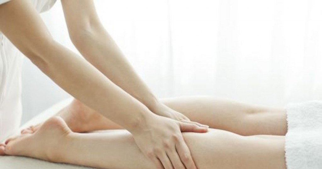 le-massage-pour-jambes-lourdes-active-le-drainage-lymphatique-7494-1200-630
